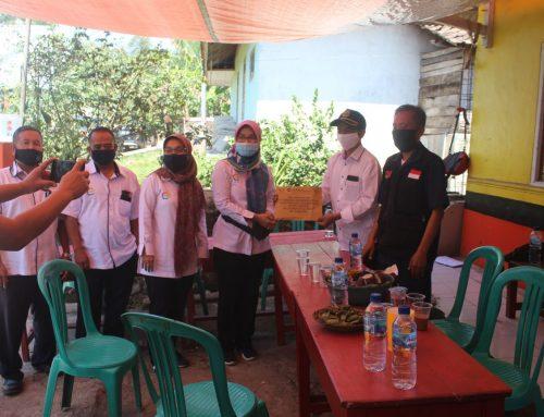 PT SIL Salurkan Bantuan CSR untuk Desa Cilimus